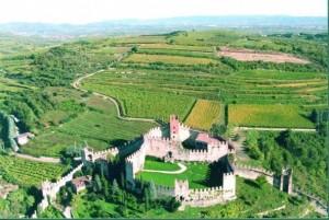 Castello_di_Soave-_VR