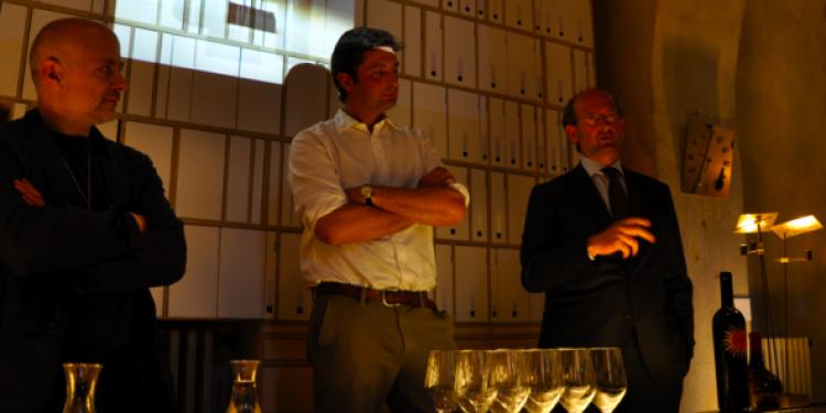 Tralcio di Luce, nuova lampada ispirata alla Luce di Frescobaldi
