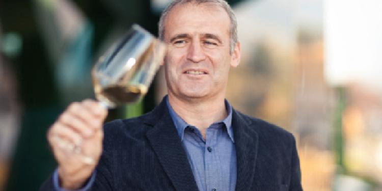 Willi Stürz festeggia 20 anni alla Cantina Tramin