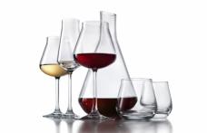 La nuova collezione di bicchieri Baccarat in anteprima al milanese The Cube