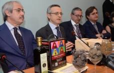 Presentati i Vini Pop di Sicilia alla presenza del ministro Catania