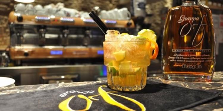 Due cocktail Bonollo a base di Grappa Of Amarone Barrique e Amaro Of