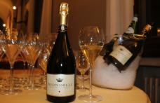 Franciacorta Biondelli: stappate a Brescia le prime bottiglie