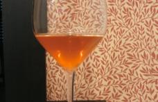 Le degustazioni dell'enoluogo: grandi bianchi in abito rosso
