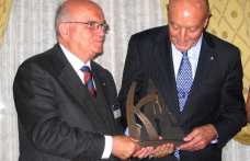 Premio Pino Khail. Ecco chi valorizza il vino italiano nel mondo