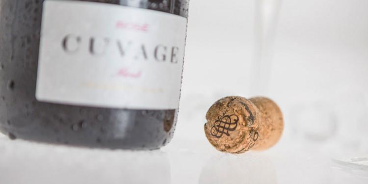 Ros cuvage metodo classico da uve nebbiolo for Futuro del classico