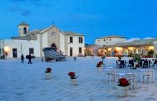 Nuova viticoltura a Marzamemi: Nero d'Avola in rotonda