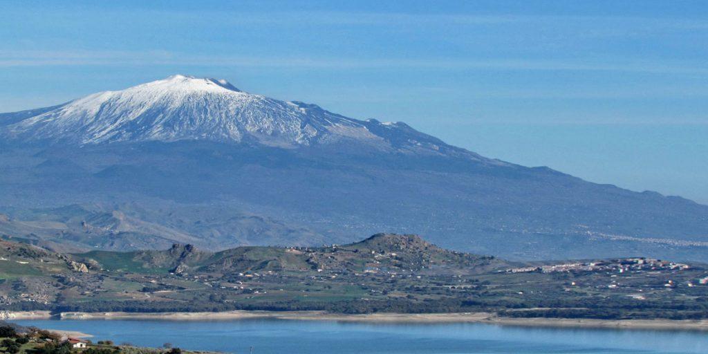 Nuovi vigneti Donnafugata sull'Etna e a Vittoria