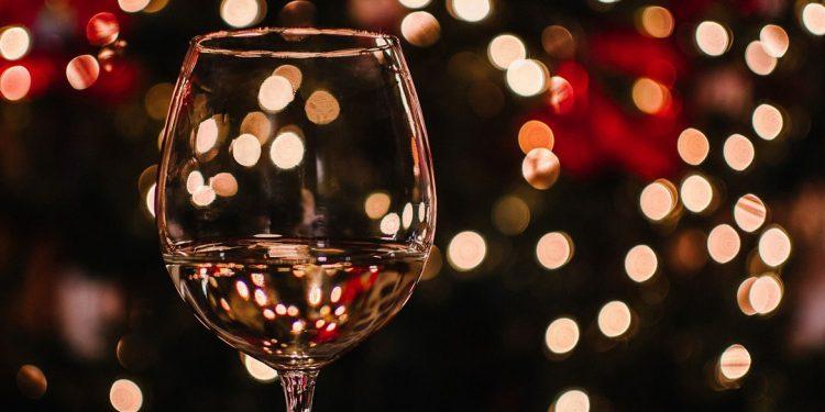 Novità sotto l'albero. Sette nuovi vini da regalare a Natale 2018