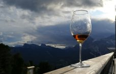 Sogni e sfide del mercato al Wine-Tasting delle Aquile