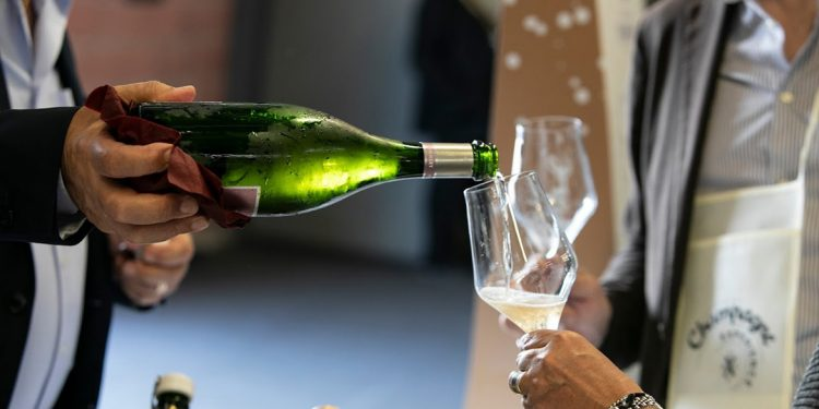 Domenica a Modena torna Champagne Experience