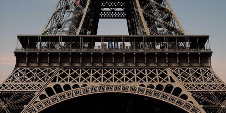 Una cantina nella Tour Eiffel. Visita alla Winerie Parisienne