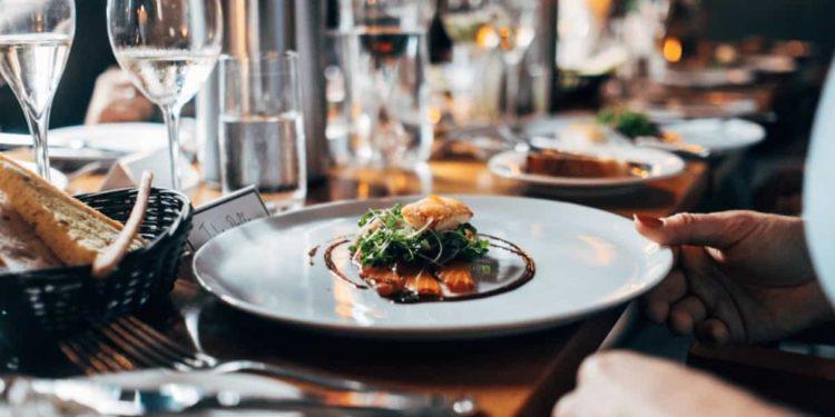 Assoenologi: il Governo non dimentichi la ristorazione