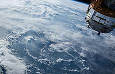 Vino spaziale, il caso del Petrus 2000 affinato in orbita