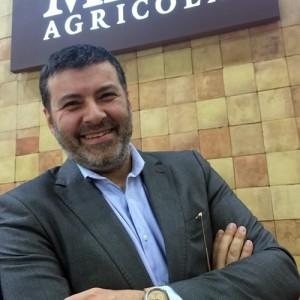 Vinitaly-Raffaele-Boscaini-con-il-nuovo-Masi-Watch-di-rovere-
