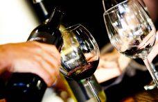 Cala la produzione di vino, crescono i consumi. Il 2017 secondo l'Oiv
