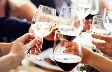 I trend del bere: dall'acqua al piccolo e bello