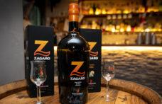 Gli agrumi del vulcano nell'Amaro di Sicilia Russo