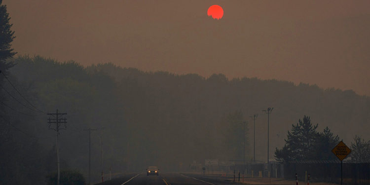 Incendi nella West Coast, bruciano Oregon e Washington