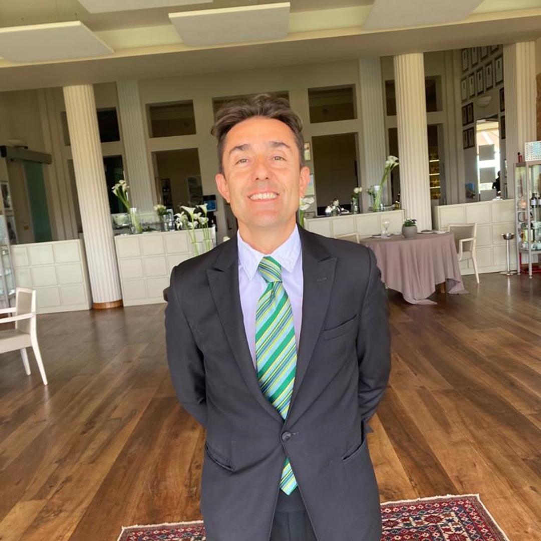 Luca Ronchail, wine director del ristorante La Ciau del Tornavento di Treiso (Cuneo)
